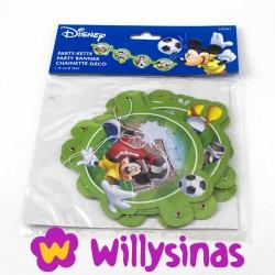 Guirnalda de Mickey Mouse jugando al futbol